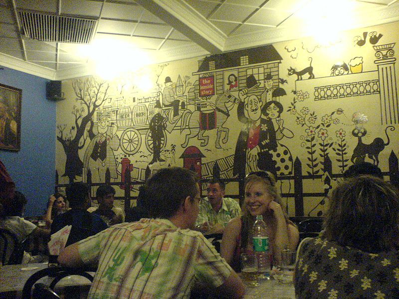 Cafe_Mondegar-wall_murals